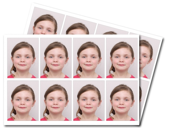 2 planches de 8 photos d'identités