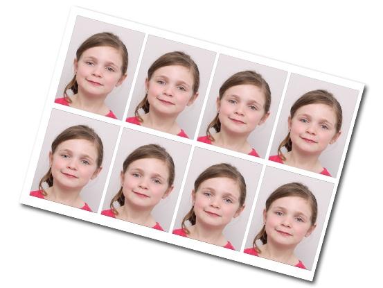 Planche de 8 photos d'identités